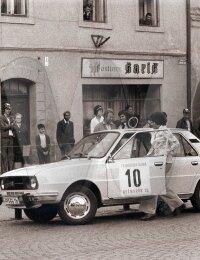 media/Kezmarska_rally_1978_v_okne_Ladislav_Jurdik.jpg