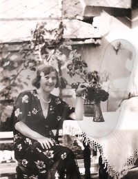 media/Ilonka Gyöngyös jún 1935.jpg